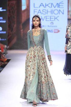 Divya Sheth at Lakmé Fashion Week Winter/Festive 2015 Designer Anarkali Dresses, Designer Dresses, Designer Clothing, Indian Bridal Outfits, Indian Designer Outfits, Lakme Fashion Week, India Fashion, Indian Attire, Indian Ethnic Wear