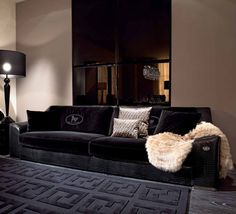 Four-seater sofa Opera with a frame made of natural wood, Fendi - Luxury furniture Sofa Furniture, Luxury Furniture, Furniture Design, Living Room Interior, Living Room Decor, Bedroom Decor, European Furniture, Luxury Sofa, Luxury Decor