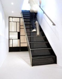 New Stairs Handrail Metal 22 Ideas Open Stairs, Metal Stairs, Painted Stairs, Spiral Stairs Design, Railing Design, Staircase Design, Staircase Ideas, Interior Staircase, Exterior Stairs