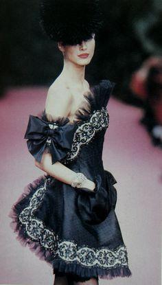 1992 Christian Lacroix Haute Couture Spring-Summer Fashio