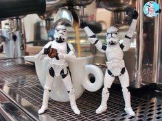 - Caféeeee, quero café! ☕️