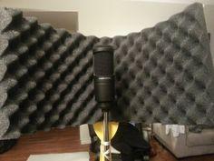 DIY Studio Mic Gobo / Shield Music Studio Room, Sound Studio, Film Studio, Studio Setup, Video Studio, Studio Design, House Design, Diy Microphone, Recording Studio Home