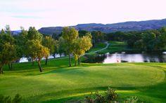 Les domaines de Saint-Endréol proposent un parcours de #golf de 5883m qui épouse les formes séduisantes et capricieuses du terrain.