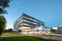 Gallery of Langara Science & Technology Building / Teeple Architects Inc. - 1