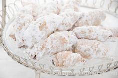 Rogaliki- Filled pastry cookies - Delights Of Culinaria Ukrainian Food, Ukrainian Recipes, Jewish Food, Jewish Recipes, Russian Recipes, Russian Pastries, Russian Cakes, Russian Desserts, Sweet Cookies