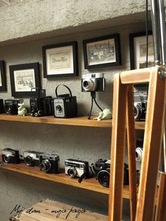 vintage cameras collection, retro camera, old fashion, loft