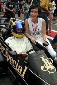 Ayrton  Senna con sua sorella y su Viviane