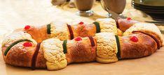6 recetas mexicanas para preparar en Navidad: Rosca de Reyes | México Desconocido Mexican Sweet Breads, Mexican Bread, Mexican Food Recipes, Sweet Recipes, Dessert Recipes, Yummy Eats, Yummy Food, Mexico Food, Comida Latina