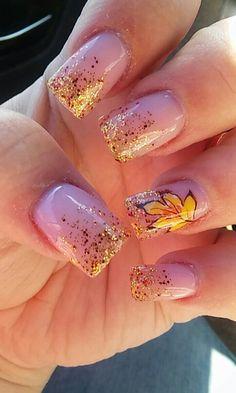 super ideas for nails acrylic glitter red sparkle nails 340162578106914463 Fall Nail Polish, Fall Acrylic Nails, Autumn Nails, Nail Polish Colors, Red Sparkle Nails, Blue Nails, Glitter Nails, Brown Nails, November Nails
