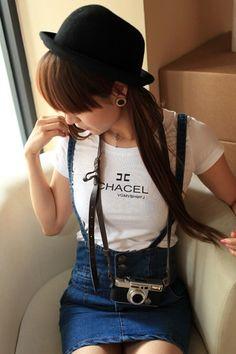 2012夏装新款女装潮韩版复古纽扣包臀修身高腰牛仔裙背带裙子 - 分享 - 好特购---你的购物,时尚分享社区,把你的美丽说出来吧!