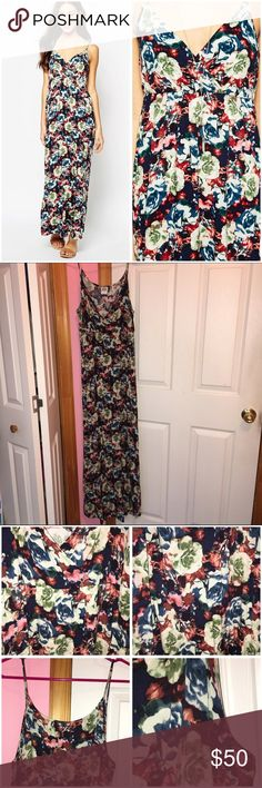 """✨1 HR SALE✨ Vero Moda Floral Maxi Dress Never worn; just washed. Size Large which is a US 10. Brand is Vero Moda from ASOS. Lightweight. Scoop neckline. Skinny straps. All over floral print. Regular fit. 100% viscose. Starting at the top of the strap length is approx 58"""". Bust is approx 34"""". Waist is approx 30"""". Stock photos from ASOS. ❌NO TRADES❌ ASOS Dresses Maxi"""