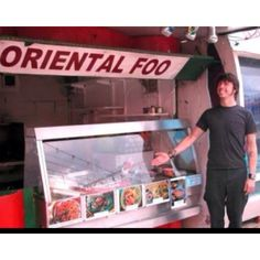 """""""Dave Grohl is Hungry"""" ~ Dude, Oriental is not the preferred nomenclature. Asian foo, please. Anthony Kiedis, Dave Grohl Quotes, Pat Smear, There Goes My Hero, Foo Fighters Dave Grohl, Taylor Hawkins, Music Page, Food Humor, Music Stuff"""