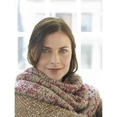 Brighton Circle Cowl  in Lion Brand Cotton-Ease - 81076AD