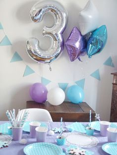Birthday Party Decorations 368380444496746151 - anniversaire-reine-des-neiges-frozen Source by elodieromano Elsa Birthday Party, Frozen Birthday Theme, Frozen Themed Birthday Party, 3rd Birthday Parties, 4th Birthday, Birthday Ideas, Birthday Nails, Disney Frozen Party, Frozen Party Decorations
