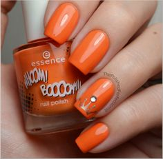 Queen's Day Nails