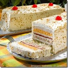 Receta de Sandwichon (ham and cheese cake) Sandwich Cake, Tea Sandwiches, Tapas, Venezuelan Food, Hamburgers, Snacks, Savoury Cake, Mexican Food Recipes, Gastronomia