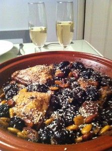 De tajine met kip, pruimen en amandelen van Martijn