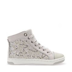 f26e30a03 Shop Jr Creamy girls' sneakers in silver. Shop Geox. Free and easy returns