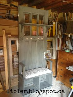 MacGIRLver: A Different Bench Made From an Old Door; A Hall Tree