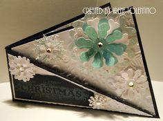 Chit Chats and Crafts : Twisted Card Fold
