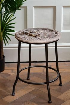 #stool #homeoffice #homeaccessories #uniqueinteriors #rusticstyle #countrystyle #eclecticstyle #vintagestyle #rockettstgeorge