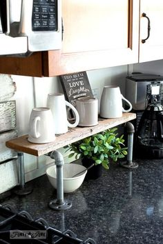 Donna over at Funky Junk Interiors has an amazing new DIY that will get your organized…save you space and give you that Industrial Farmhouse Style Touch. Oh and did I mention that the project is also quick and easy? Well it is all of the above. You have to check out this Industrial Pipe and …