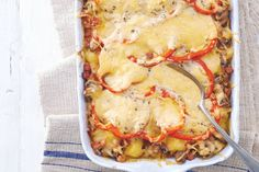 23 november - Kijk wat een lekker recept ik heb gevonden op Allerhande! Aardappel-champignonschotel met kaas - Recept - Allerhande