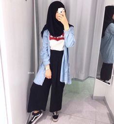 48 Ideas dress cute winter jackets for 2019 Modern Hijab Fashion, Modest Fashion, Boho Fashion, Fashion Outfits, Casual Hijab Outfit, Casual Outfits, Trendy Dresses, Nice Dresses, Hijab Trends