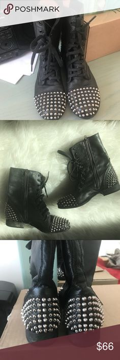 Studded Combat Boots from Steve Madden Take it from a veteran festival goer, these boots are EVERYTHING for festival season 😍 these black lace up combat boots have a studded heel and toe ✨ the faux leather is black and studs are a bright silver 🖤 Steve Madden Shoes Combat & Moto Boots