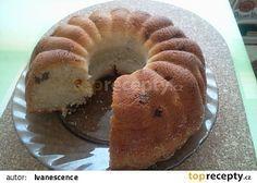 Bábovka ze zakysané smetany, s vůní skořice Czech Recipes, Kefir, Apple Cider, Bagel, Doughnut, Recipies, Food And Drink, Yummy Food, Bread