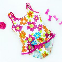 5bb8698e8466f Baby Girls Swimwear One Pieces Style Fit Y color Floral Pattern Kids  Swimming wear Children Swimsuit Bathing suit