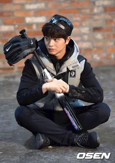 Yook Sung Jae Cast in SBS Drama The Village and is the Perfect New Face of Outdoor Brand Black Yak Korean K Pop, Korean Wave, Sungjae Btob, Minhyuk, Asian Actors, Korean Actors, Exo, Nu'est Jr, Outdoor Brands