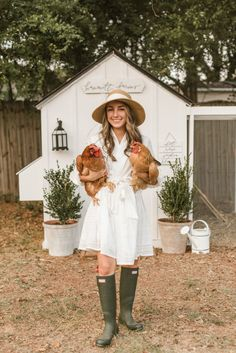 Hammett Farms Chicken Coop Today is an exciting day because I can finally share our beautiful new chicken coop with you! If you are considering getting chickens- this post is for you! Cute Chicken Coops, Chicken Coup, Chicken Coop Designs, Chicken Lady, Backyard Chicken Coops, Chicken Coop Plans, Building A Chicken Coop, Chicken Runs, Chickens Backyard