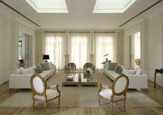 O ambiente mais social da nossa casa!   Podemos dizer que a sala é,definitivamente, o ponto central da decoração de uma casa. Isso porq...