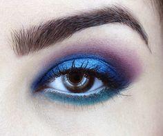 modro-fialové