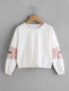 Shop Contrast Cut Out Sleeve Sweatshirt online. SheIn offers Contrast Cut Out Sleeve Sweatshirt & more to fit your fashionable needs. Cute Girl Outfits, Cute Casual Outfits, Stylish Outfits, Girls Fashion Clothes, Teen Fashion Outfits, Trendy Hoodies, Pullover Designs, Hoodie Sweatshirts, Fashion Sweatshirts
