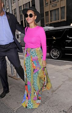 Beyonce Knowles Photos - Beyonce shines in a colorful ensemble as she is spotted out and about in NYC. Beyonce recently gave birth to a daughter named Blue Ivy, but looked to have lost the baby weight as she flashed a glowing smile. - Beyonce Spotted in NYC