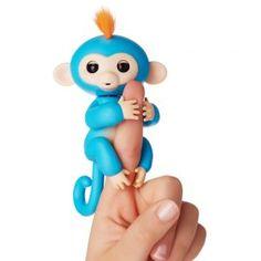 Fingerlings WowWee. Es sieht aus wie eines der größten Spielzeug Verrücktheiten des Jahres. Das sind WowWee's neue Fingerlings, ein interaktives Baby Affen Spielzeug.  Die sich rasend schnell verkaufen, seit dem sie auf dem Markt sind. Es gibt sie in viele verschiedene Farben, darunter türkis, schwarz, blau, rosa, lila und weiß - jeder von ihnen hat verrücktes flauschiges farbiges Haar.  #fingerlings  #wowwee #Spielzeug #Trend #trends #new #aktuell #funny #shopp