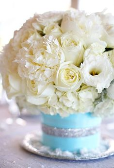 Tiffany Blue Wedding Reception Decorations_centerpiece