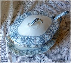 Antique Selborne lavender blue patterned extra large lidded soup tureen set by Doulton Burslem made in England circa 1895 is absolutely stunning sample  and true masterpiece of English pottery making. You simply can't stop admiring it.