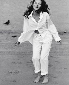 Summery Monochrome Whites — The Flair Index New Fashion, Vintage Fashion, Fashion Tips, Celebrity Dresses, Celebrity Style, Kate Moss Style, The White Album, Online Dress Shopping, Shopping Sites