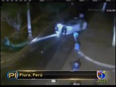 Furgoneta Llena De Pasajeros Es Impactada Por Un Vehiculo En Perú #Video