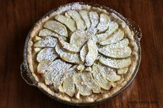 French Apple Tart Sweets Recipes, Just Desserts, Delicious Desserts, French Apple Tart, Sweet Tarts, Cupcake Cakes, Cupcakes, I Love Food, Yummy Treats