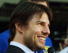 Tom Cruise wearing braces.  www.drdortho.com