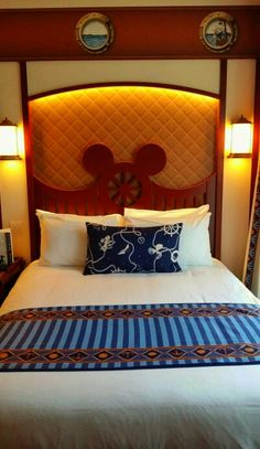Room | New Port Bay Club Hotel | Disneyland Paris