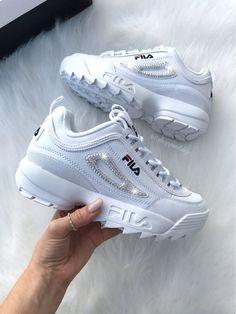 Dream Shoes, Crazy Shoes, Sneakers Fashion Outfits, Fashion Shoes, Fashion Jewelry, Sneaker Heels, Shoes Sneakers, Women's Shoes, Platform Tennis Shoes