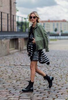 STYLECASTER | 30 Summer-to-Fall Outfit Transition Ideas