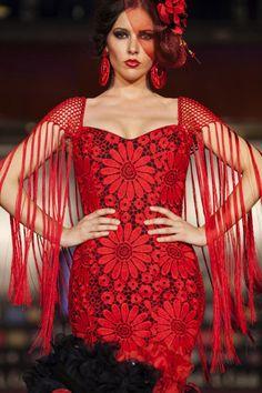 Esta son algunas de las imágenes de la jornada del sábado en la Pasarela de la Moda Flamenca de Marbella en su 3ª Edición, celebrada en La Cañada.
