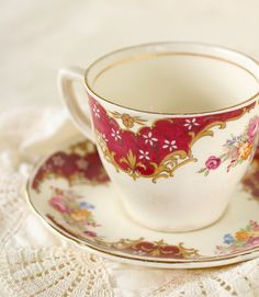 Vintage Tams England Crown Pottery Arundel T. 72 Demitasse Tea Set Eight Piece