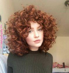 krullend haar Kurzes lockiges Haar hat so viele Profis - neue Frisuren , Curly Hair Styles, Curly Hair Cuts, Short Curly Hair, Wavy Hair, Short Curls, Curly Bob, Frizzy Hair, Curly Ginger Hair, Short Perm